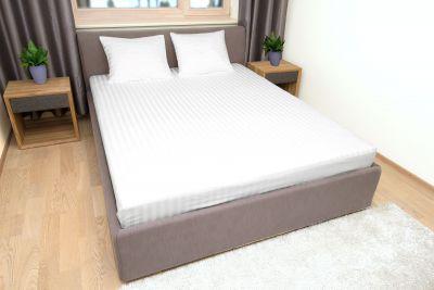 Tyynyliina Valkoinen raita satiini 50x60
