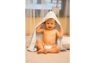 Lasten hupullinen kylpypyyhe. DOSSA bambua