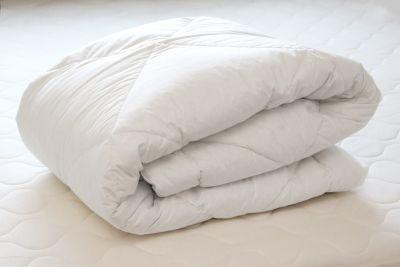 Untuvapeitto 150x205 valkoinen, 70% untuvaa